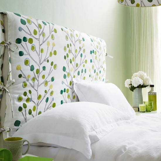 Fresh Green And White Bedroom How To Decorate With Green