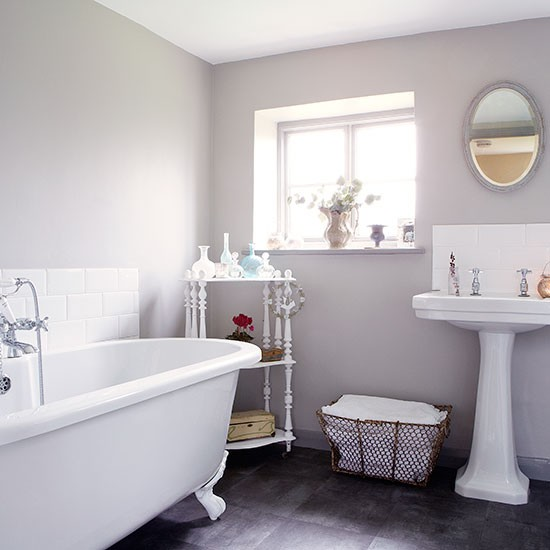 Bathroom | Period farmhouse in West Sussex | House tour | PHOTO GALLERY | Country Homes and Interiors | Housetohome.co.uk