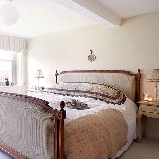 Bedroom | Period farmhouse in West Sussex | House tour | PHOTO GALLERY | Country Homes and Interiors | Housetohome.co.uk