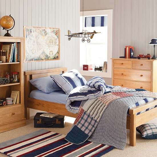 matching warm oak bedroom furniture children 39 s room storage ideas