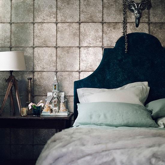 Modern bedroom with metallic wallpaper decorating for Modern wallpaper uk