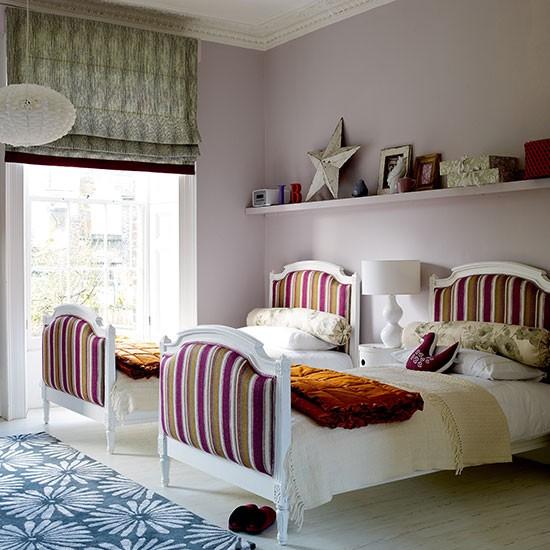 Children 39 S Guest Room With Fun Twin Beds Guest Bedroom