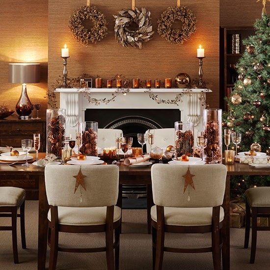 Christmas dining room with copper accessories decorating for Dining room decor accessories