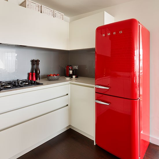 l shaped white kitchen with red fridge decorating. Black Bedroom Furniture Sets. Home Design Ideas