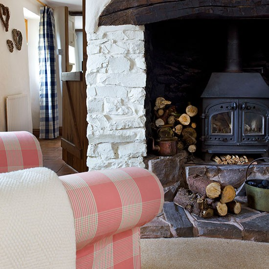 Country Living Room With Woodburner Decorating