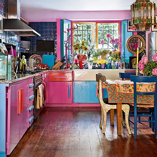 10 kitchen units that define a style for Coloured kitchen units uk