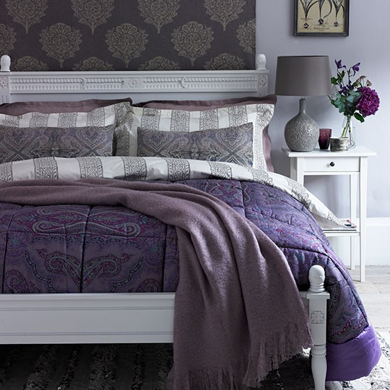 deep heather paisley bedroom