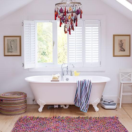 Bright and vibrant vintage bathroom family bathroom for Bright bathroom designs