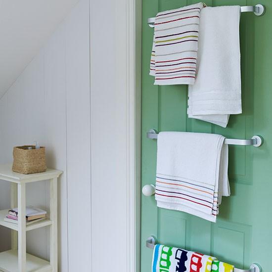 Space saving bathroom storage family bathroom design - Space saving bathroom layouts ...
