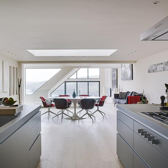 Cooking zone minimalist devon home house tour for Minimalist house tour