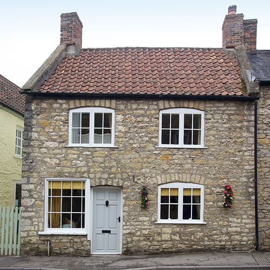 Exterior | Grade II listed stone cottage | House tour | PHOTO GALLERY | 25 Beautiful Homes | Housetohome.co.uk