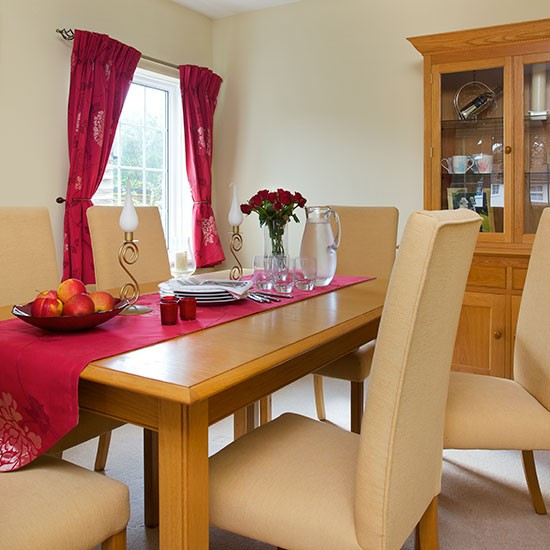 Dining room | Detached Surrey home | House tour | PHOTO GALLERY | 25 Beautiful Homes | Housetohome.co.uk