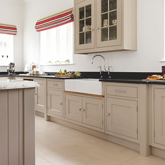 Cream Kitchen Black Worktops: Neutral Kitchen With Double Butler Sink