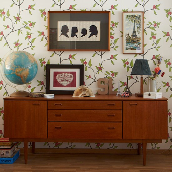 living room with retro sideboard living room storage. Black Bedroom Furniture Sets. Home Design Ideas