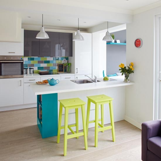 Green Kitchen Diner: Colourful Family Kitchen-diner