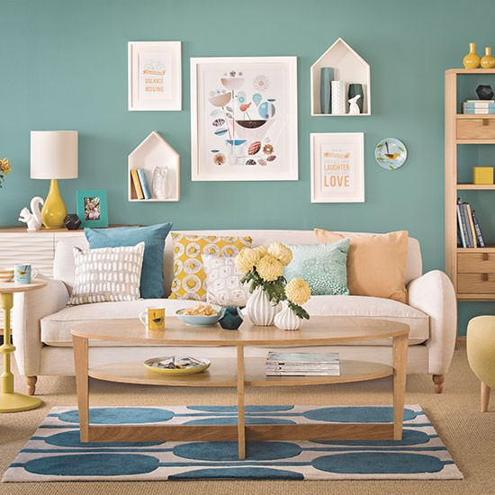 Teal blue and oak living room decorating for Teal blue living room ideas