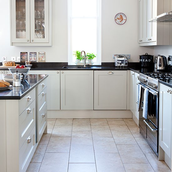 Kitchen Worktops Colours: Neutral Kitchen With Black Worktop