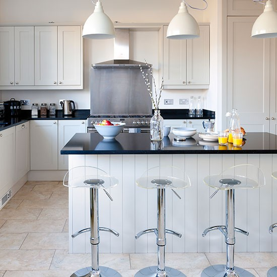 Pale Grey Kitchen With Island Unit Decorating