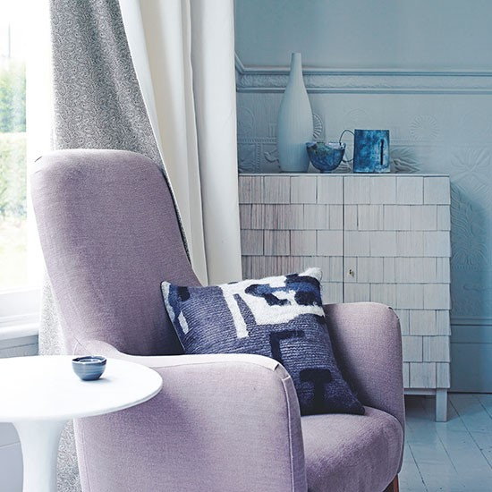 Blue Living Room With Lilac Chair Decorating