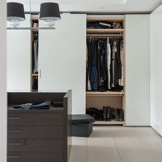 modern white bedroom with fitted wardrobe bedroom decorating