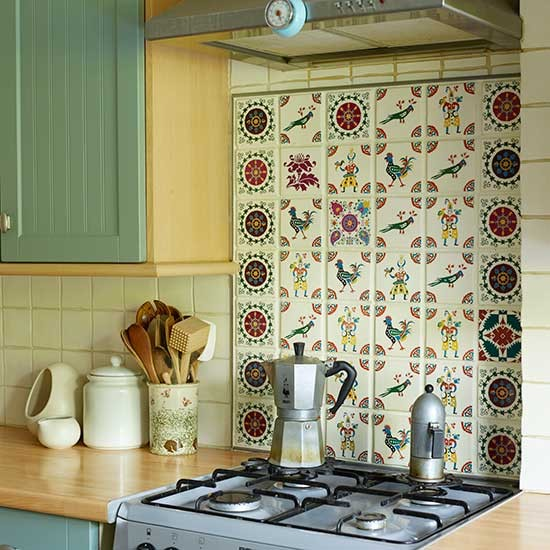 Traditional Tiled Kitchen Splashback