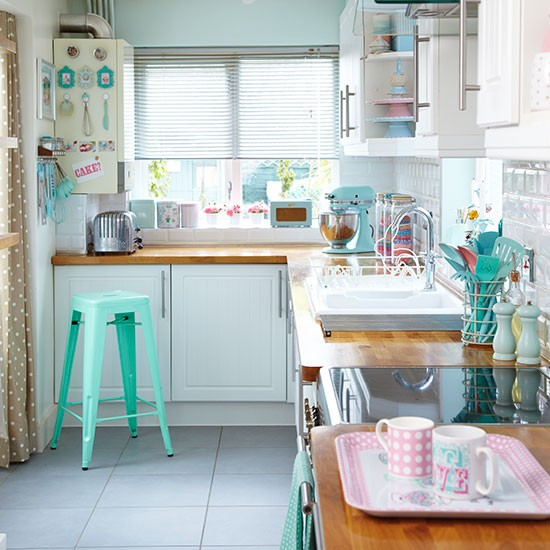 White country kitchen with pastel green walls  Kitchen decorating