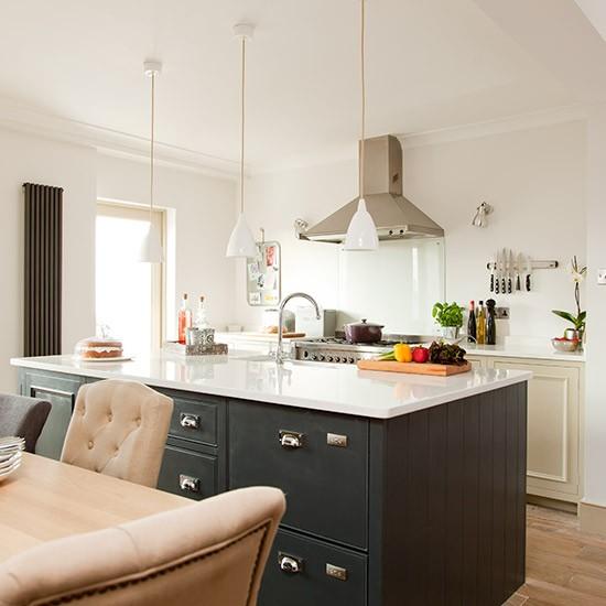 Modern Grey Kitchen: Modern Grey-painted Kitchen
