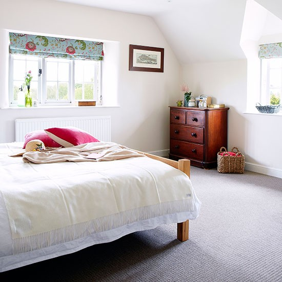 Main bedroom | Oxfordshire country house | House tour | PHOTO GALLERY | Country Homes and Interiors | Housetohome.co.uk