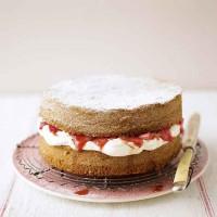 Rhubarb sponge cake