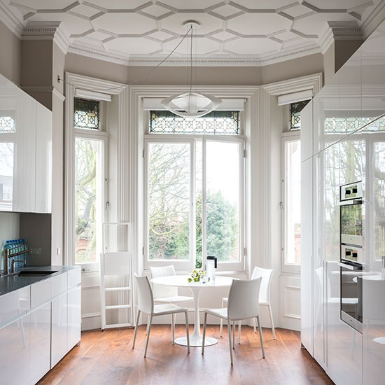 Modern white gloss kitchen in period home decorating for Georgian kitchen ideas