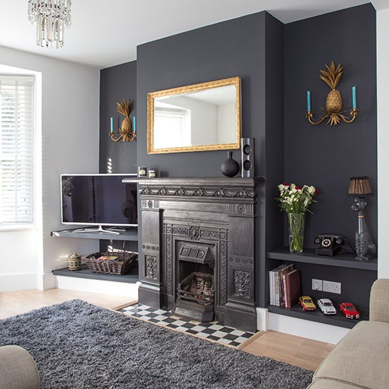 Traditional living room with grey painted feature wall - Feature walls in living rooms ideas ...