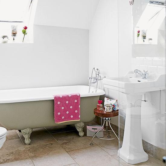 white country bathroom decorating housetohome co uk homespun style bathroom housetohome co uk