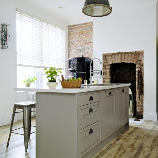 Industrial Style Kitchens That Will Make You Fall In Love Of - Pale grey kitchen units