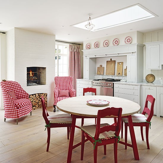 Red-and-white Country Kitchen