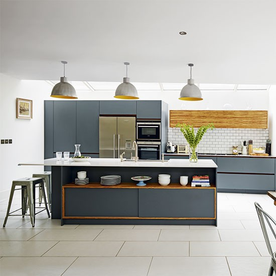 Modern kitchen designs grey scheme kitchen housetohome for Modern white and gray kitchen