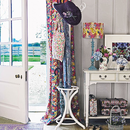 Country Hallway Coat Stand Country Storage Ideas