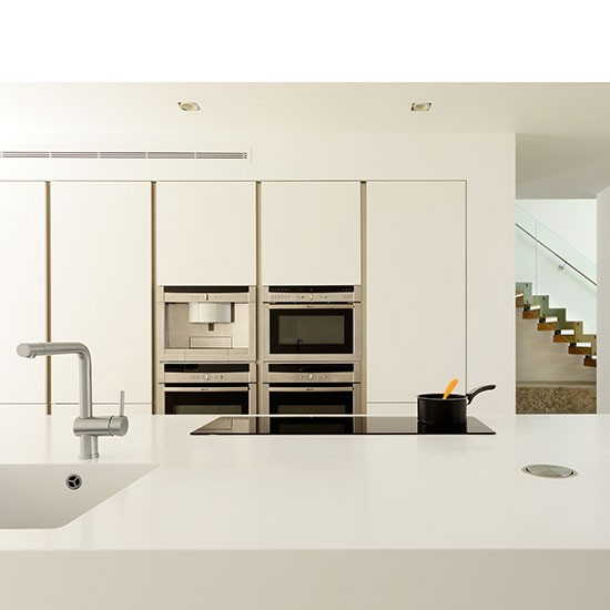 Modern kitchen designs bespoke white kitchen Handleless kitchen drawers design