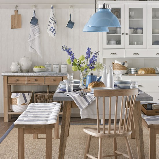 country blue eat in kitchen decorating