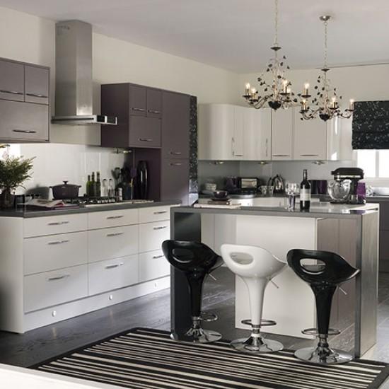 Monochrome Kitchen With Breakfast Bar