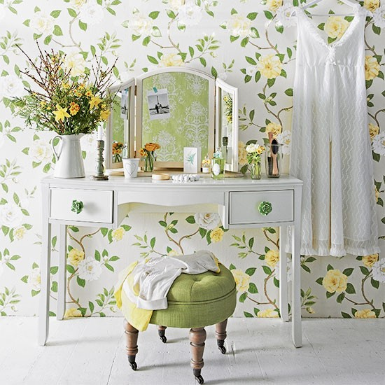 Floral green bedroom dressing area decorating - Bedroom dressing area ideas ...