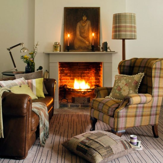 Living room with tartan armchair and throws decorating for Tartan living room ideas