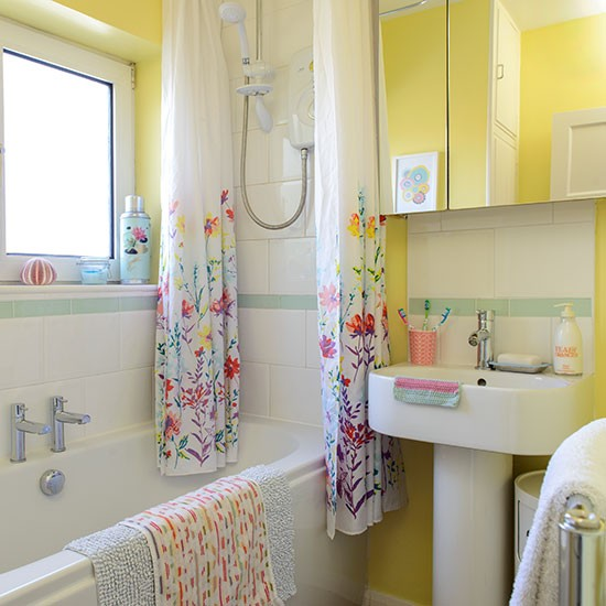 Colourful yellow bathroom decorating with bright colours for Bright yellow bathroom ideas
