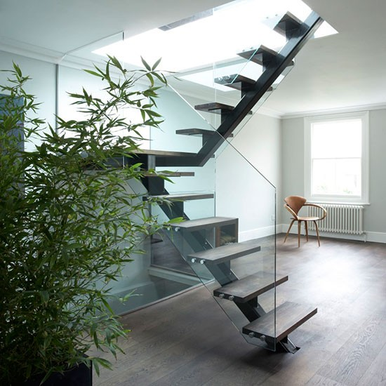 10 Eye Catching Staircase Designs For Unique Home Decor: Modern Minimal Hallway With Feature Staircase