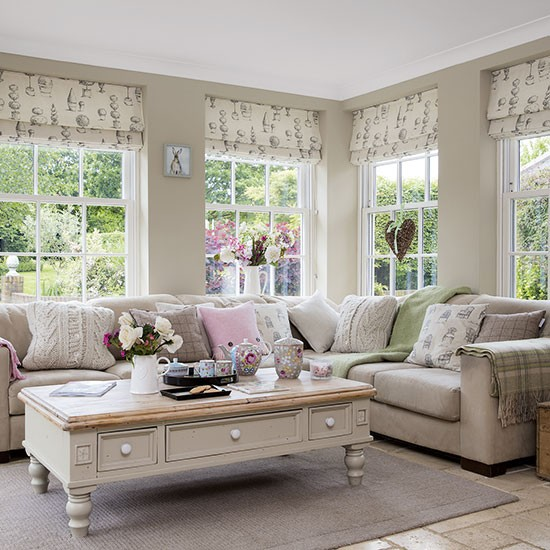 Neutral Family Room With Topiary Blinds Take A Tour
