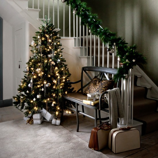 Modern Country Christmas Hallway Ideas