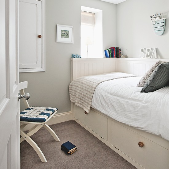 Nautical bedroom with built in bed small bedroom design for Bedroom design uk