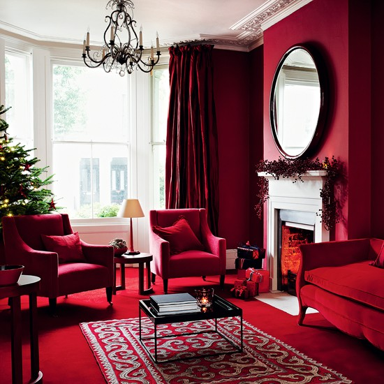 Red Scheme Christmas Decorating Ideas