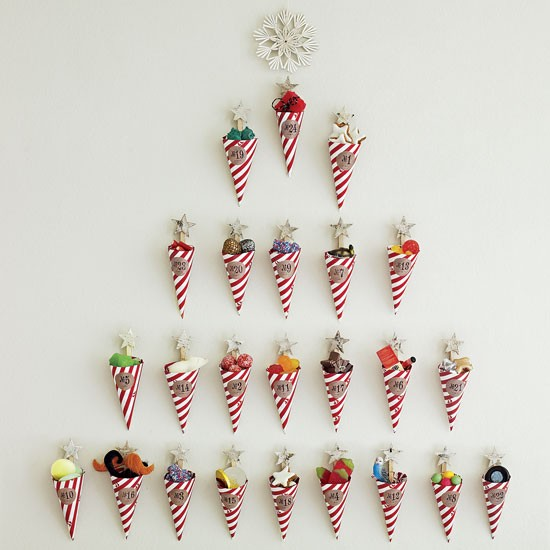 Diy sweetie advent calendar budget christmas decorating for Christmas home decorations uk
