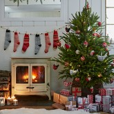 Country Christmas decorating ideas - 10 of the best