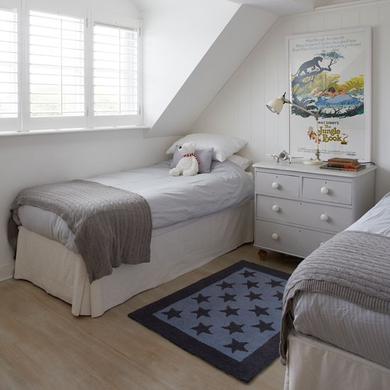 White children's bedroom with star patterned rug | West Sussex country house | House tour | PHOTO GALLERY | Country Homes and Interiors | Housetohome.co.uk